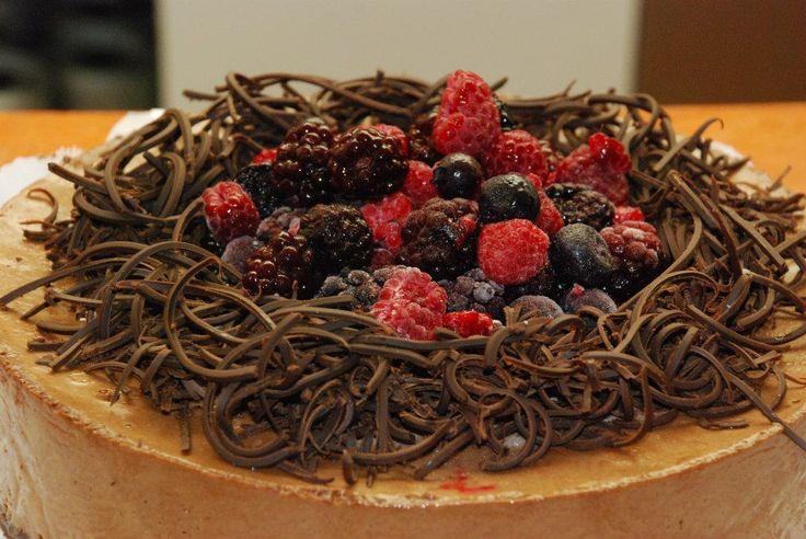 Mousse de chocolate y frutos del bosque