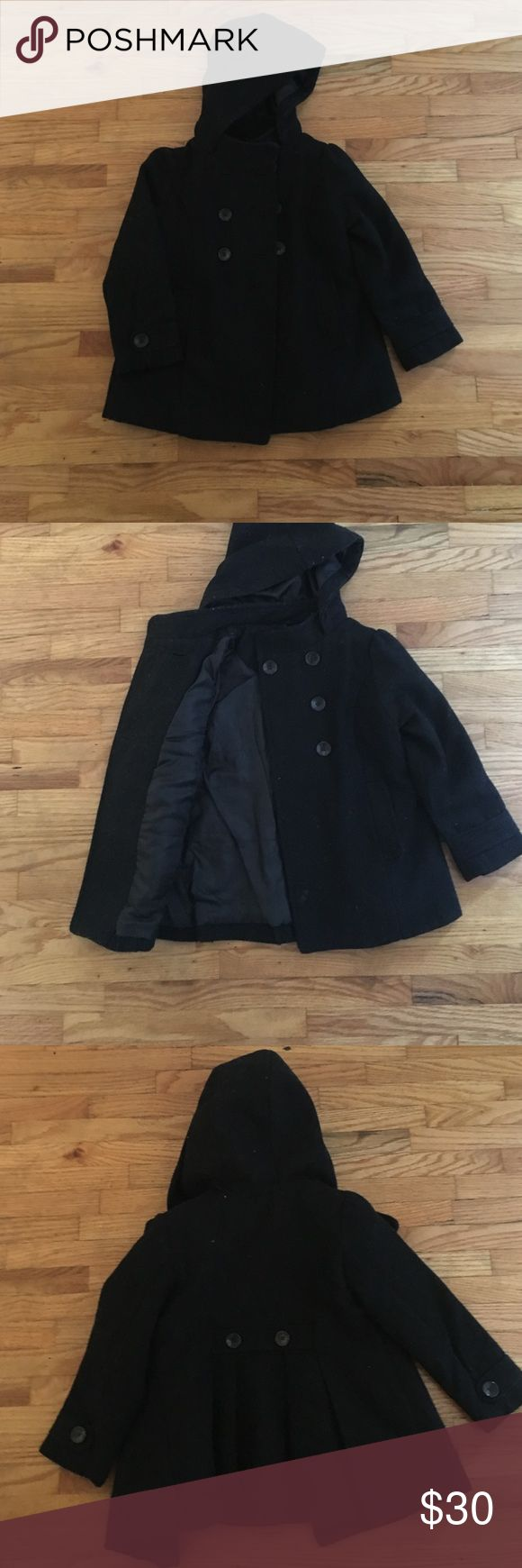 Old navy toddler girl peacoat This is a really cute black pea coat. It is in really good condition. Lightly worn. Great for cold weather Old Navy Jackets & Coats Pea Coats