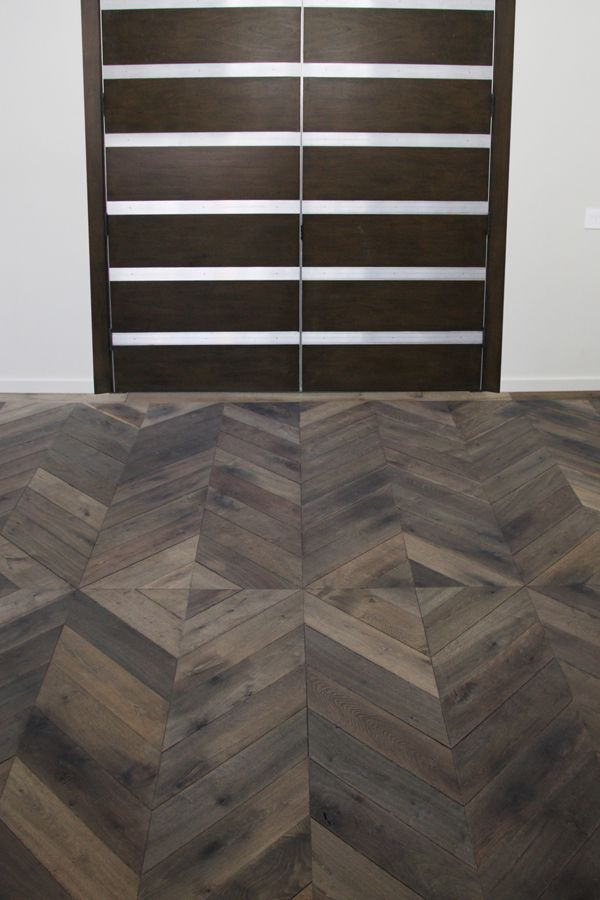 Project Braun - Z-parket - Floor: Torone. With this aged and original herringbone pattern the wood blocks meet point to point creating a continuous zigzag. It riffs off traditional tilework and looks much more special. #zparket #hardwoodflooring #oakhardwoodflooring #parquethardwoodflooring