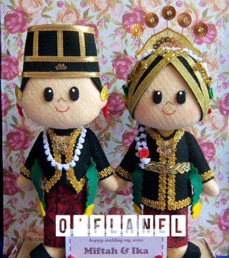 Javanese bride groom felt doll
