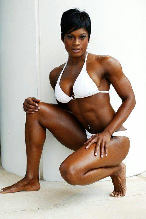 Ebony female muscle-2345