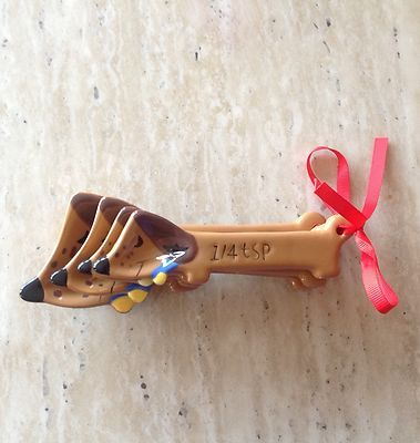 Cute & Original DACHSHUND dog ceramic measuring spoons..It would go with the salt and pepper shaker!!
