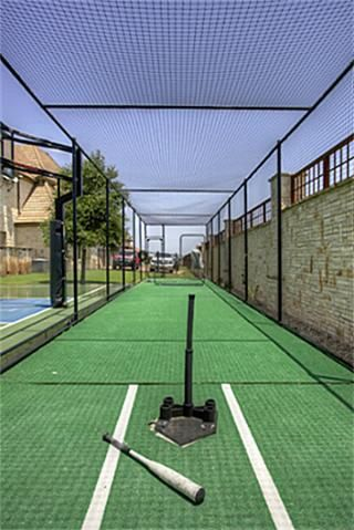 Madison needs a batting cage. I really could use one to smack the crap outta some balls..call it therapeutic.