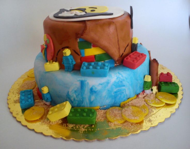 HOMEMADE SWEET: lego pirate cake