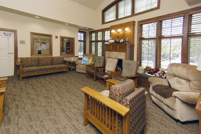 Eastern Star Masonic Home provides you independent and assisted living, with unique residential care facility. So come today and join Eastern Star Masonic Home.