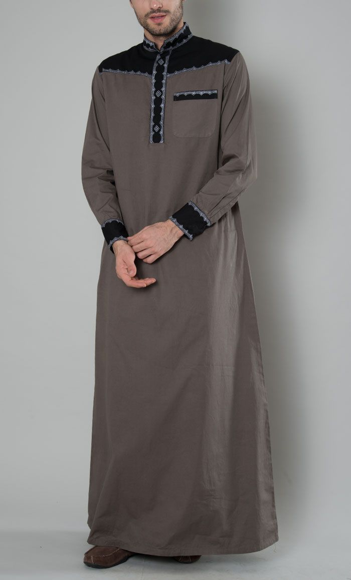 Embroidered Men's Thobe