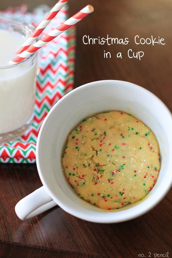 Christmas Cookie in a Cup   This easy microwave #dessert recipe for a #Christmas sugar cookie in a cup will put you in the holiday spirit in no time ~ #quickandeasy