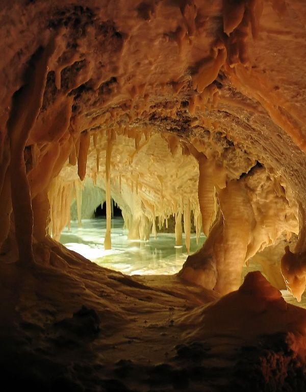 Entrance to Sintersee underground lake, Tropfsteinhöhlen Cave, Austria.