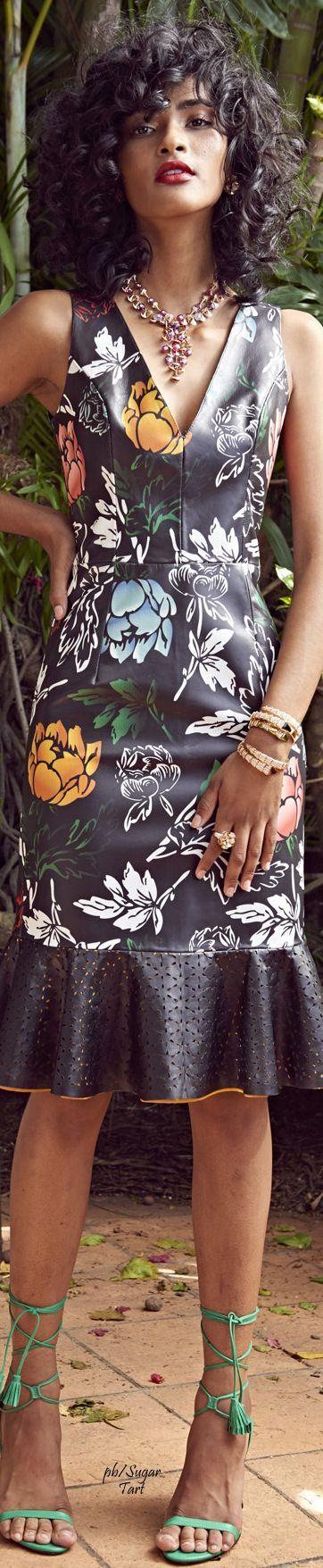 EBANX | Tendência para 2017: Estampas florais são destaque esse ano. Aplicadas em fundos claros ou escuros essas peças são extremamente versáteis e trazem muito charme ao seu look.