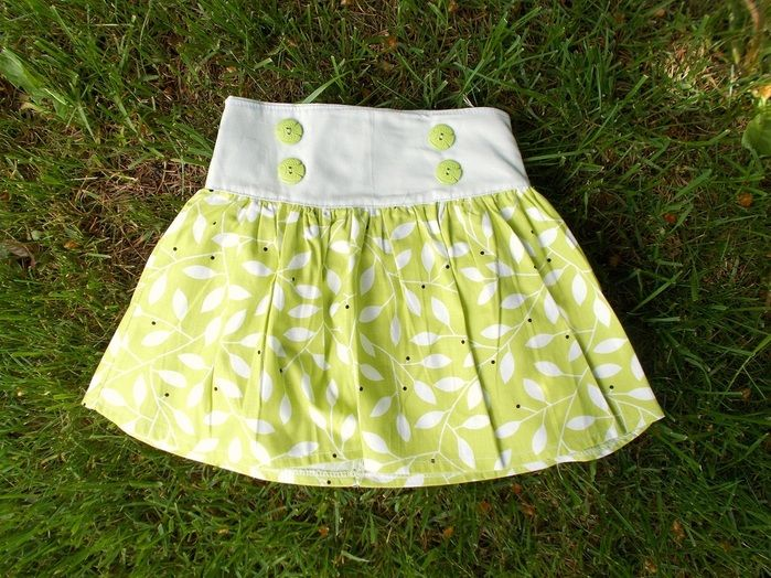 the sofia skirt for girls, free PDF sewing pattern for beginners