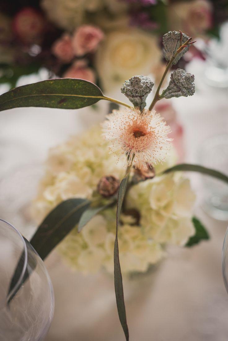 Eucalyptus Flower accent - Detalle con Flor de Eucalipto By MY Group Eventos