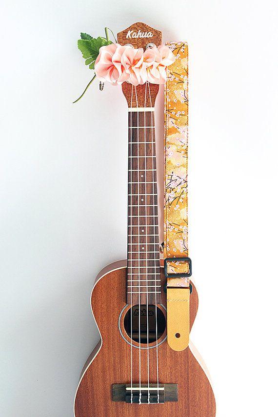Correa de ukelele (lei de cinta incluido) / kimono amarillo / ukulele japonés correa accesorios NEX Kimono patrón y ukelele /