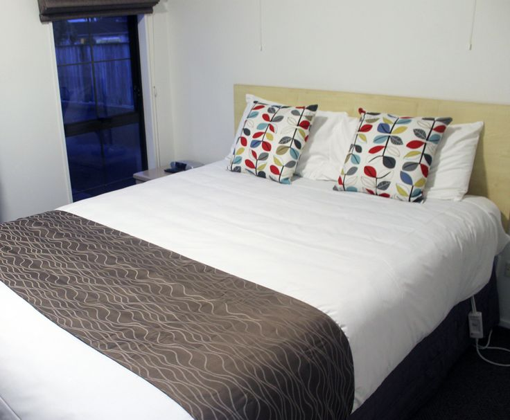 Leading Hamilton East accommodation provider, Aspen Manor Motel, has showcased its newly refurbished rooms to local businesses and travel companies. http://mediapa.co.nz/leading-hamilton-east-accommodation-provider-aspen-manor-motel-invites-businesses-to-view-their-new-refurbished-rooms/