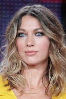 "Natalie Zea Born: March 17, 1975 in Harris County, Texas, USA Height: 5' 7"" (1.7 m)"