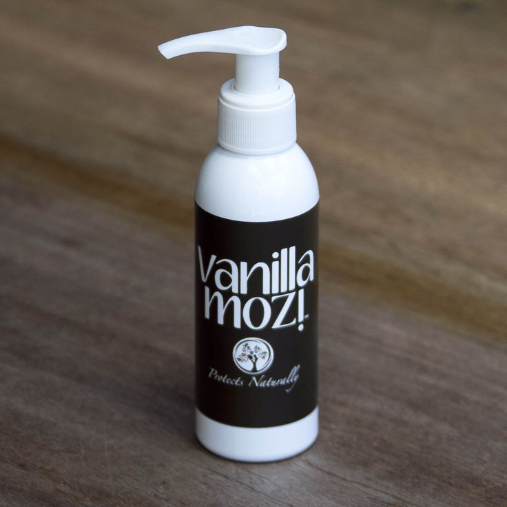 100ml pump bottle Vanilla Mozi skin cream. Perfect for the outdoor table.