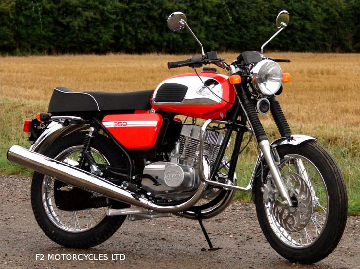 The very first Jawa 350 Retro to arrive.