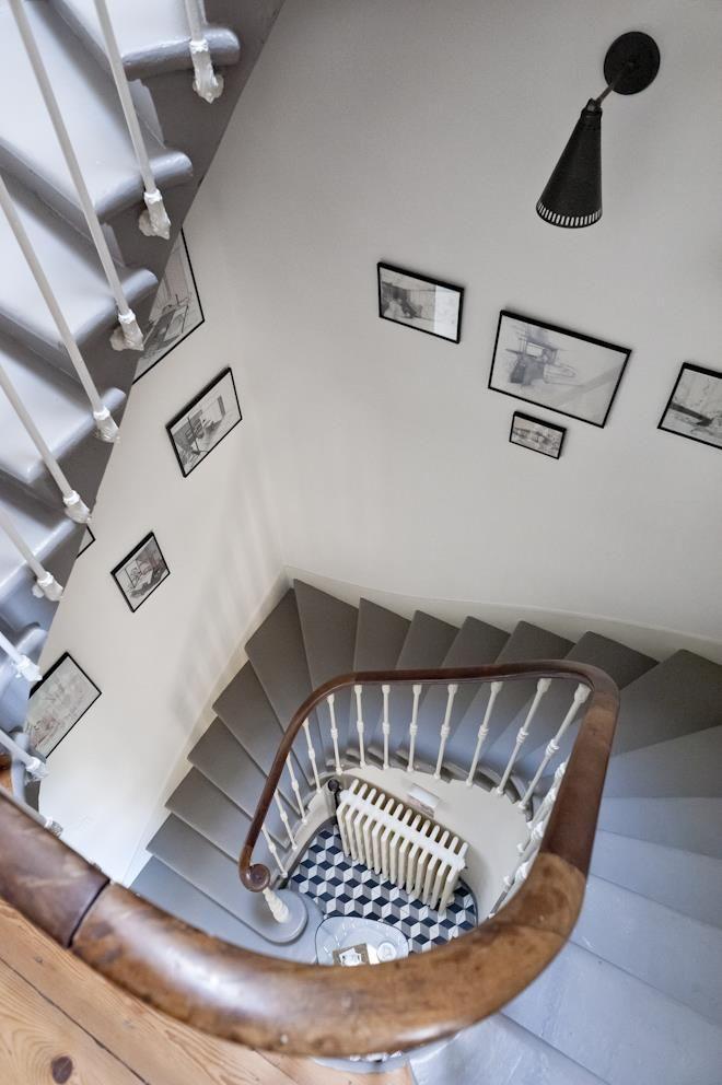 Les 44 meilleures images du tableau cage d 39 escalier et for Tableau pour cage escalier