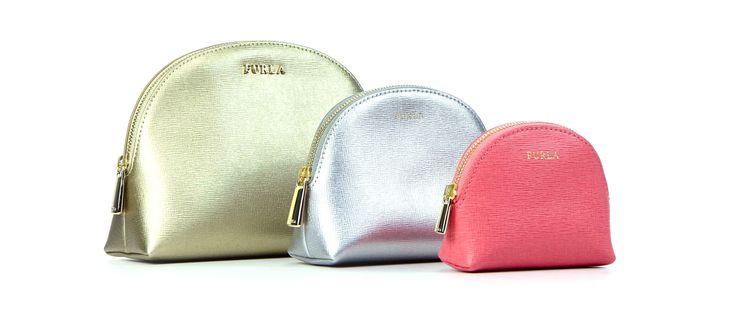 Furla - Van den Assem Schoenen #newarrival #furla #beautybags #SS15 http://www.assem.nl/accessoires/damesaccessoires/accessoires/furla/diversen/ej05/7090.99.107106/