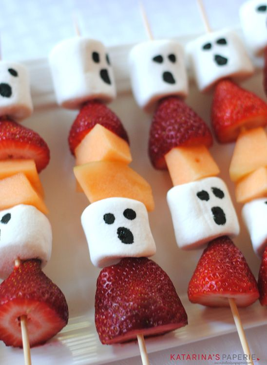 Halloween Ghost Fruit Kabobs is a healthy Halloween treat for your celebration