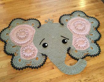 Free Filet Crochet Elephant Pattern : 25+ best ideas about Crochet elephant pattern on Pinterest ...