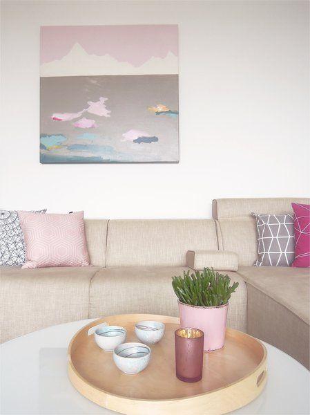 Die besten 25 wand hinter sofa ideen auf pinterest for Wanddekoration wohnzimmer beispiele
