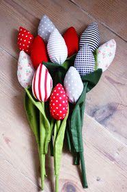 tulipany z materiału, szyte tulipany, dekoracje na święta, tulipany,