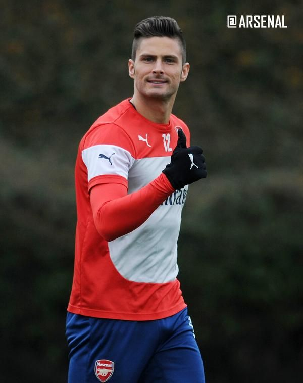 I simply love Giroud's hair!