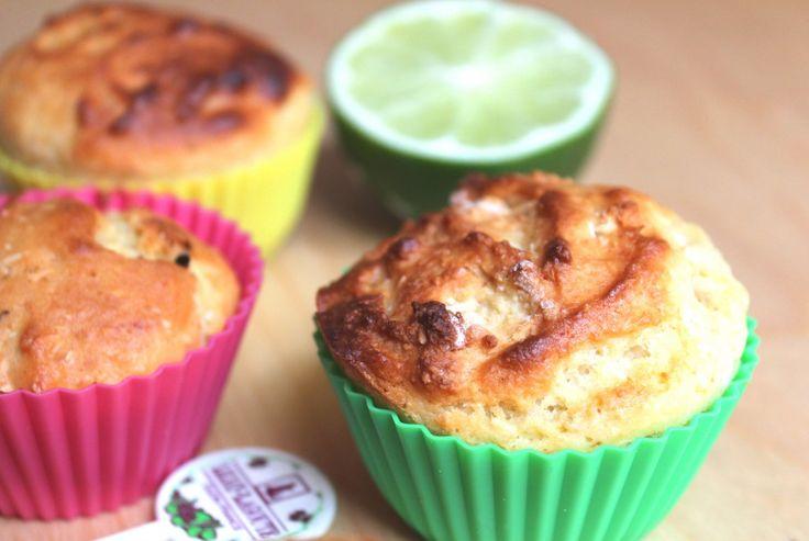 Muffins banane, noix de coco et citron vert