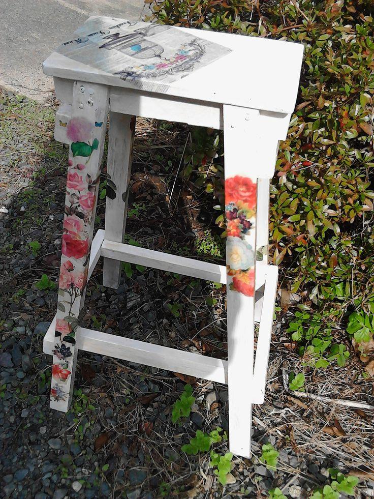 デコパージュ楽しいo(^-^)odecoupage chair