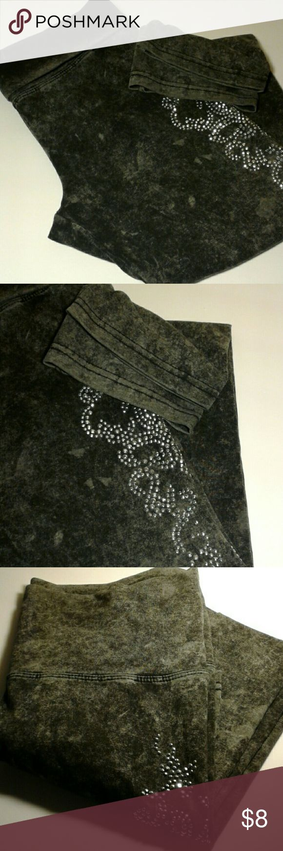 Leggings,  Ladies Size L,  PARIS ANGEL Pre Owned, gently used and in good condition...  Jersey soft leggings, acid wash,  charcoal grey and black...  62% Cotton,  33% Polyester and 5% Spandez  Faux rhinestones  28 Waist and 21 1/2 Inseam  All questions welcomed and thank you for looking. Paris Angel Pants Leggings
