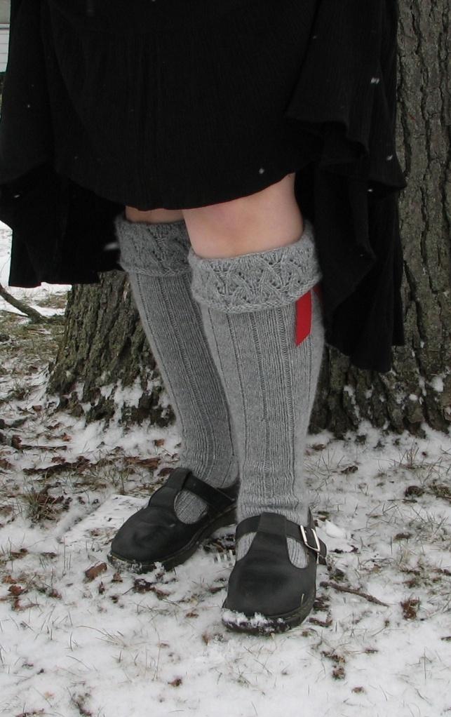 Free Knitting Pattern For Kilt Socks : 17 Best images about Flashing the Leg on Pinterest ...