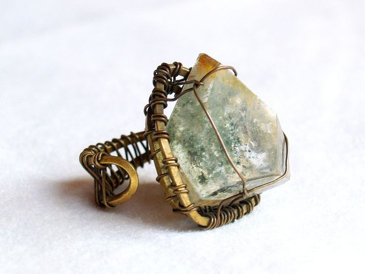 Moss Quartz Ring, check it out at www.facebook.com/BazaarArtisani