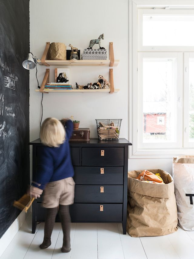 A charming family home in the Finnish countryside - Photo Carina Olander / styling Anna truelsen. Lantliv.