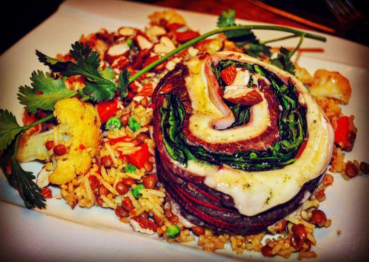 Nids d'hirondelles et riz aux lentilles et chou fleur à l'indienne