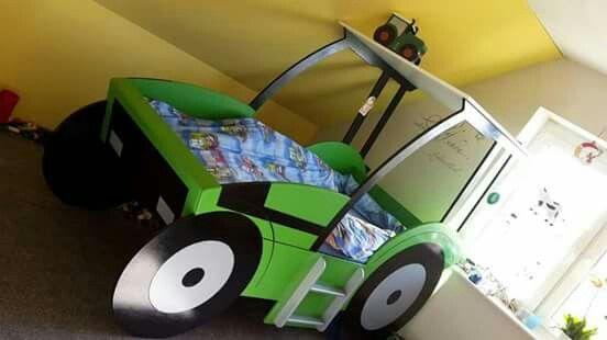 Etagenbett Traktor : Traktor trecker bett kinderbett diy kids kid beds