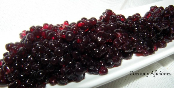 Caviar de vino tinto