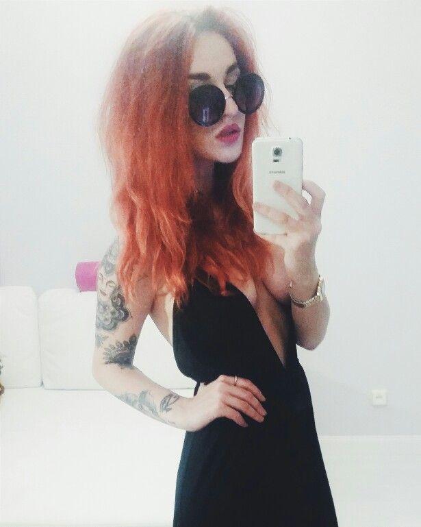 #polishgirl #redhair #blackdress #classy #minimalism #allblack #vsco #tattoo #tattoogirl