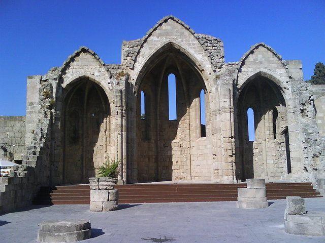 view from Rhodes island Old Town   Ρόδος - Παλαιά Πόλη κτίσμα - μνημείο  #aegean #medieval #monument #building #pintrplaces #architecture #Old #Town #Rhodes #island http://my.aegean.gr/gallery/Places/Greece/Rhodes/DSC00964.JPG.html