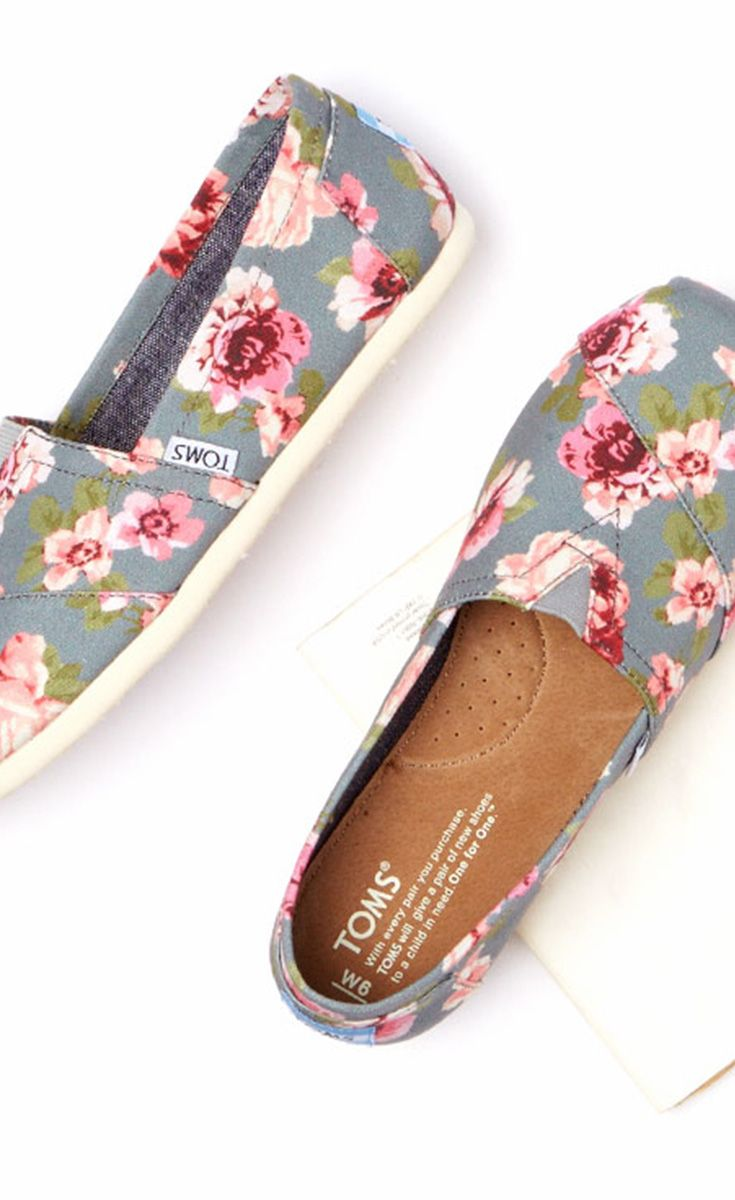 toms outlet only sale $11.8 now,special price last 3 days,repin it and get it immediatly!