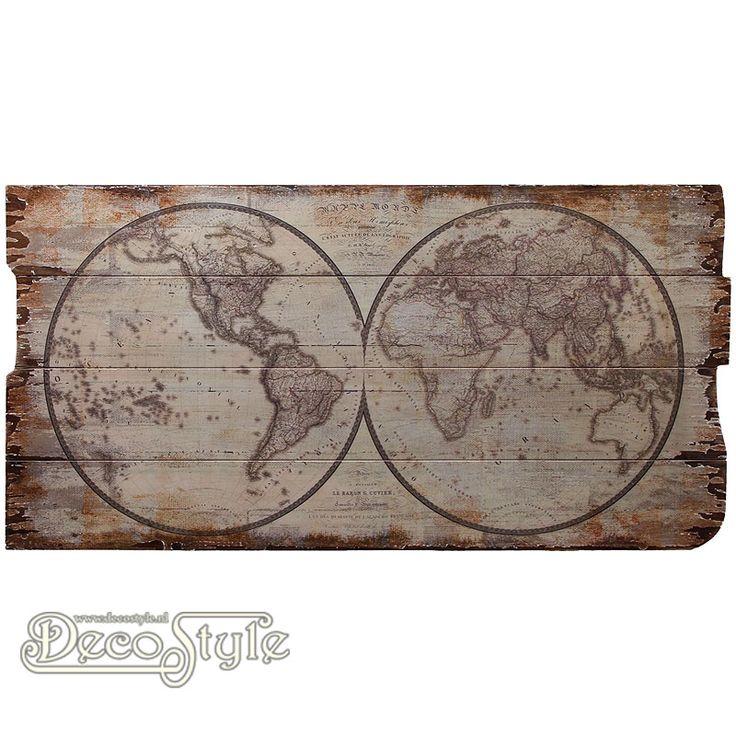 Wanddeco Wereldkaart 2  Nostalgische houten wandpaneel. Met een afbeelding van de wereldkaart. De wereldkaart is op houten panelen gedrukt in een vintage look. Mooi voor in huis, maar ook voor cafe of horeca. Materiaal: Hout Afmetingen: Hoogte: 40 cm Breedte: 80 cm Diepte: 2 cm