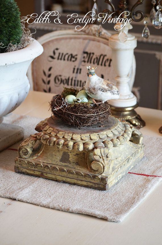 Fantastic antique architectural salvage column capital, all authentic and original! This is a wonderful piece of architectural salvage. It is the
