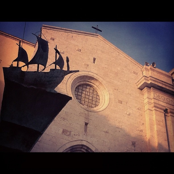 La chiesa di Bonaria a #Cagliari - #church taken by @igers_sardegna - via http://instagramm.in