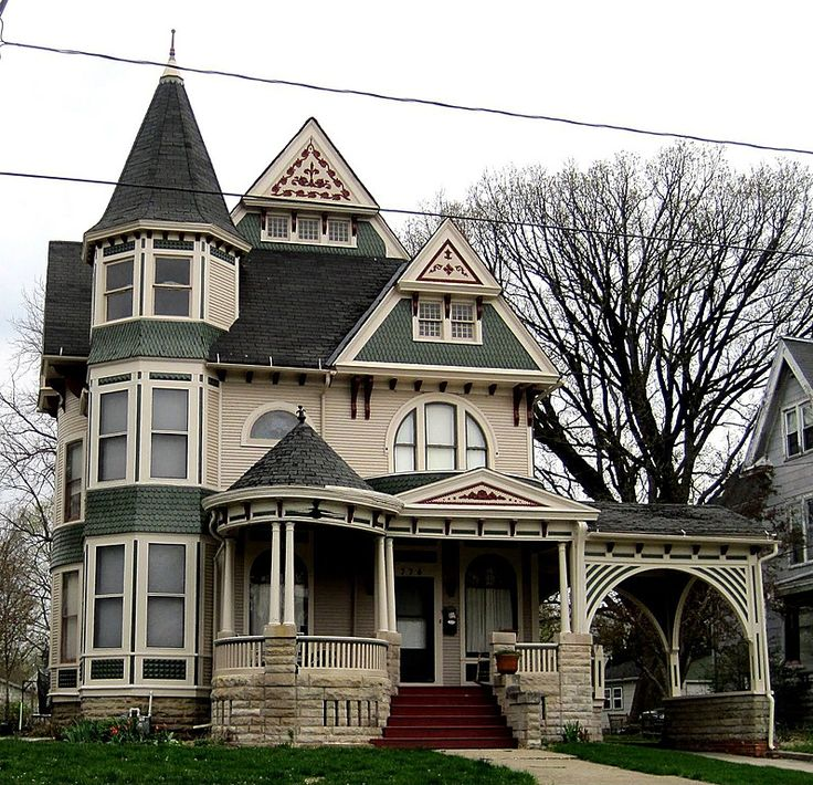 Victorian exterior of home come find more on zillow digs for Victorian house facts