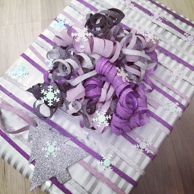 Giftwrapping there is no such thing as too much glitter ;)