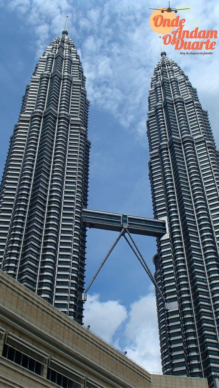 Kuala Lumpur Malásia - Torres Petronas, situadas no triângulo dourado desta cidade magnifica