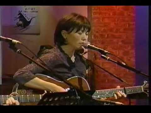 山本潤子 竹田の子守唄 - YouTube