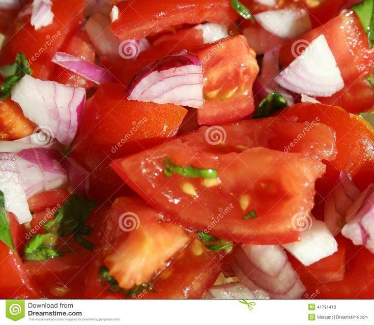Salad with tomato and purple onion