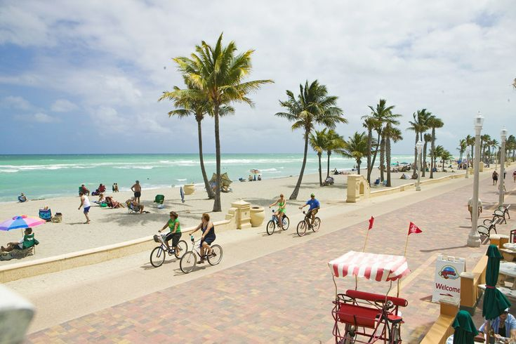 Hollywood Beach, FL | Nominated for Best Florida Beach in the 10Best Readers' Choice Awards. Vote for your favorite!