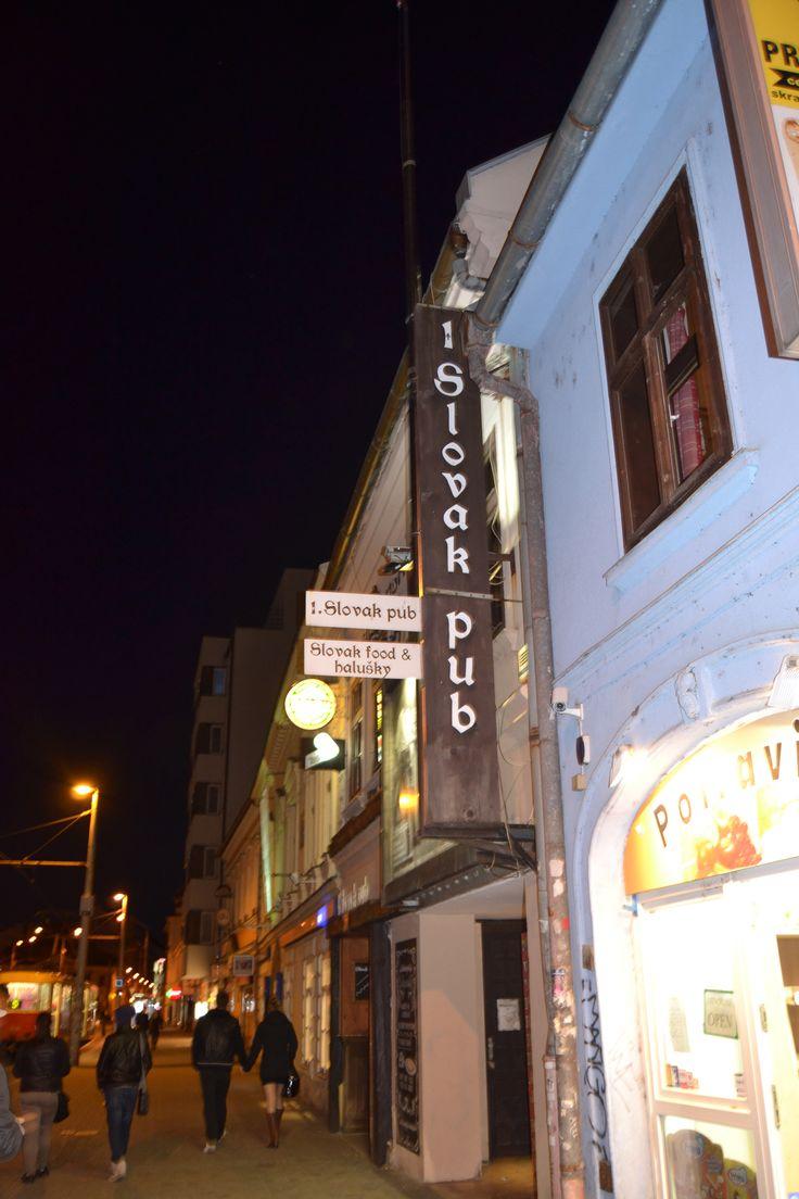 Slovak Pub - Comer barato en Bratislava