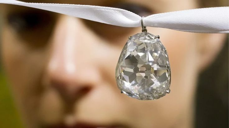 Diamanty: Luxus, který překoná inflaci